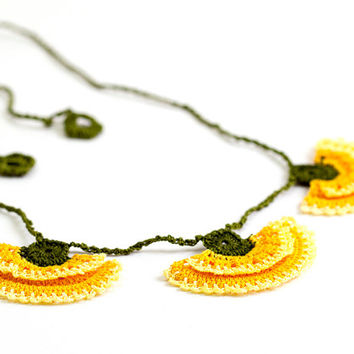 Crochet Lace Carnation Necklace Yellow Green Hippie Boho Ottoman Tile Motif Flower Iznik Doily