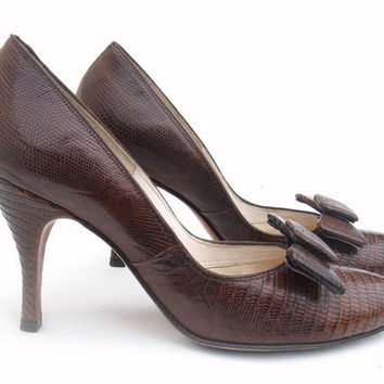 Vintage 1950s Shoes Brown Leather High Spike Heel Pumps size 6 1/2