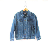Vintage dark wash jean jacket. Denim jean jacket. size M