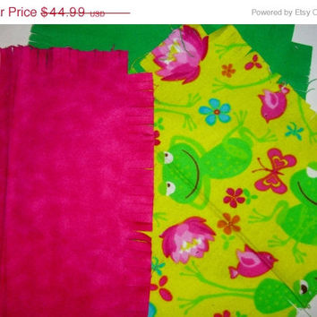 "Baby Flannel rag quilt kit funny frog kids nursery fringed die cut fabric squares and batting  ready to sew 39""x39"" quilting"