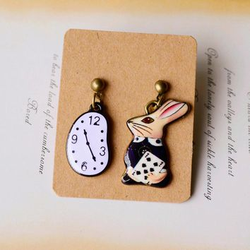 Fashion Trend of high-quality Forest Series Alice in Wonderland Rabbit Pocket Watch Earrings For Woman Jewelry