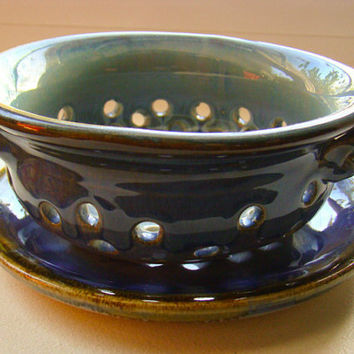 Berry Colander - Berry Bowl - Hand thrown Pottery - Pottery Berry Bowl - Pottery Colander - Ceramic Colander - Stoneware - Fruit Strainer