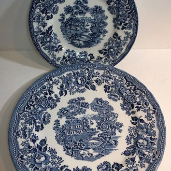 Churchill The Georgian Collection 2 Salad & 2 Dinner Plate Staffordshire England