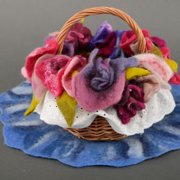 Wicker basket with wool felt flowers