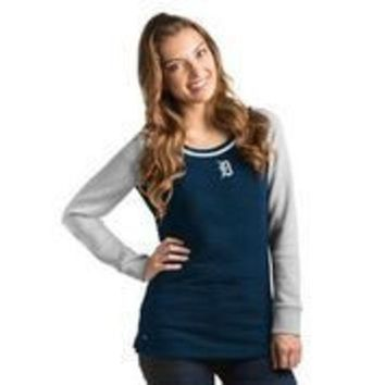 DCCKG8Q MLB Detroit Tigers Women's MVP Quilted Pullover Crew Neck