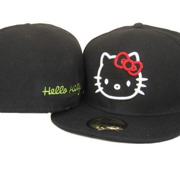 qiyif Hello Kitty New Era 59FIFTY Hat Black-White