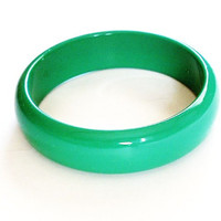 Vintage Molded Green Bangle Bracelet  Plastic 1980 Retro Jewelry
