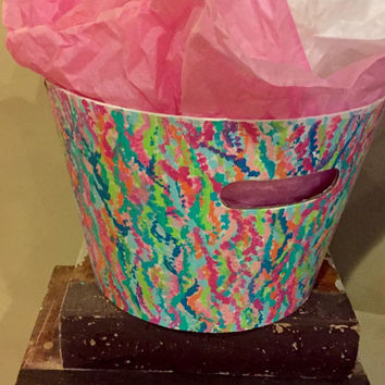 Lilly Pulitzer inspired bucket. Perfect for an easter basket, dorm room or really any place.