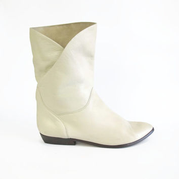 1980s Cream Leather Ankle Boots Pointed Toe Boots Slouchy Boots Pull On Boots Ivory Cuffed Ankle Boots Mid Calf Pixie Boots Womens Size 10