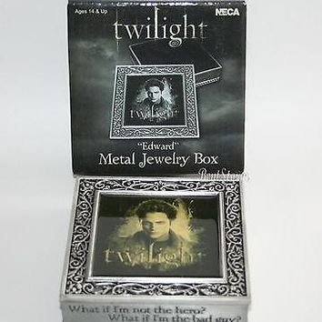 Licensed cool TWILIGHT Movie EDWARD VAMPIRE Pewter Metal Jewelry Box Quote Hero Bad Guy? NECA