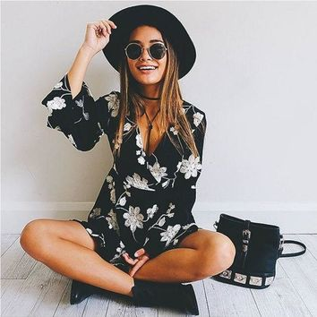 Sexy Fashion Tending Black Floral Print V-Neck Bell Long Sleeve A-Line Dress G