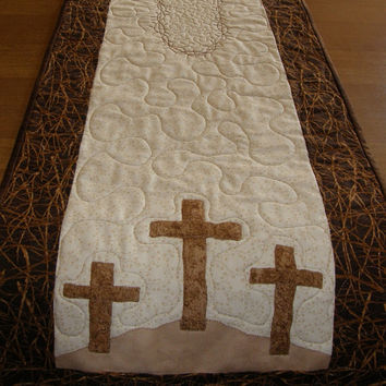 Easter Religious Quilted Table Runner Crown of Thorns Quilt