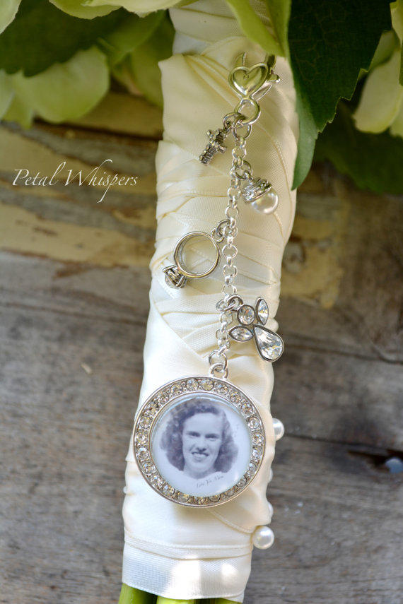 charms for wedding bouquets bouquet charm bridal bouquet memory from petal whispers 2564