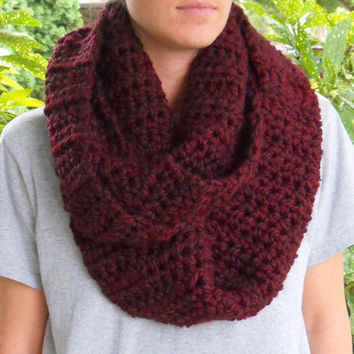 MoonLightSally Burgundy Wine Crochet Infinity Scarf Handmade Bulky Maroon MoonLightSally