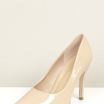 Classic Pointed Toe Heel Wide Fit Beige