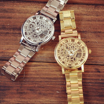 Unisex Retro Hollow Out Watch Gift 529