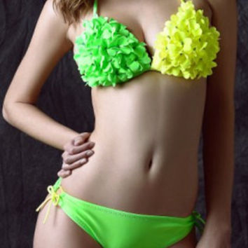 Color Block Halter Neck Stereo Floral Design Triangle Bikini Set For Women not available