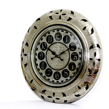 Aakashi Silver Tagari Cutting Unching Wall Clock