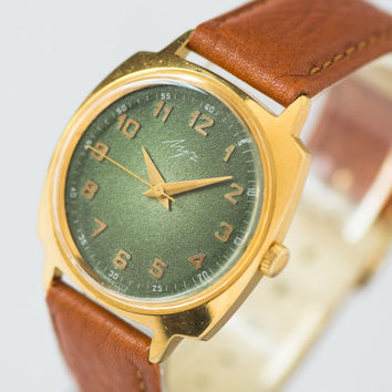 Mint condition men's watch round dial gold plated watch gent's watch forest green caramel shades wristwatch premium leather strap new