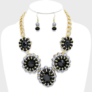 FLORAL CHUNKY PEARL CRYSTAL COLLAR NECKLACE AND EARRING SET BLACK