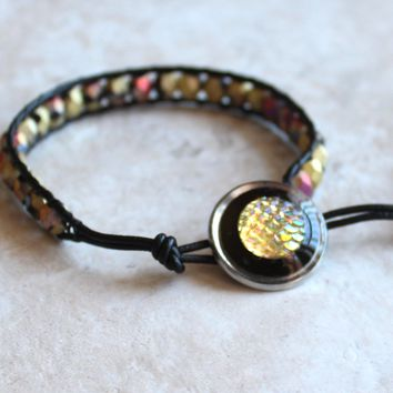 Dragon scale beaded leather bracelet - golden and black