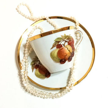 Fall Autumn Tea Cup and Saucer, Royal Bayreuth Harvest China, White & Gold Tea Cup, Fall Fruit, 1970s, Vintage