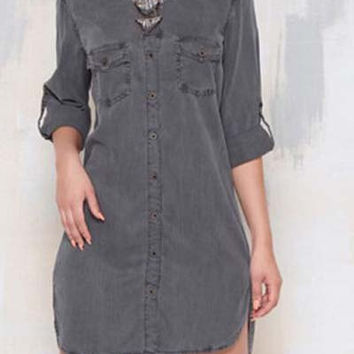 Double Pocket Dip Hem Denim Dress