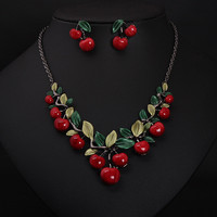 2016 Vintage Red Cherry Pattern Necklace Earrings Jewelry Set New Fashion Statement Jewelry for Party Set Cute Gift