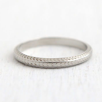 Antique 18k White Gold Wedding Band Ring - Belais Art Deco 1920s 1930s Engagement Stacking Embossed Fine Jewelry/ Etched Eternity Band