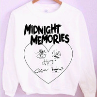 One Direction Midnight Memories 1D Signatures Crewneck/Sweatshirt