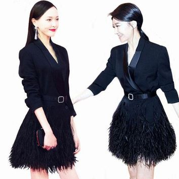 CREYCI7 HIGH QUALITY Newest 2017 Designer Blazer Women's Long Sleeve Feather Embellished Long Blazer Coat Outerwear With The Belt
