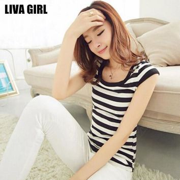 Liva Girl New Trendy Lady Striped T-Shirt Black White O-Neck Tops Tees Plus Size XXL All-match Simple Style For Female Shirts