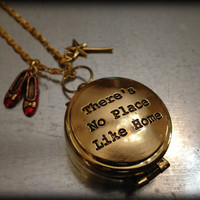Wizard of Oz There's No Place Like Home Golden Compass Necklace