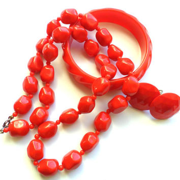 Vintage Red Jewelry Set Bangle Earrings Necklace Beaded Plastic Lucite Bracelet Screw Back Instant Collection