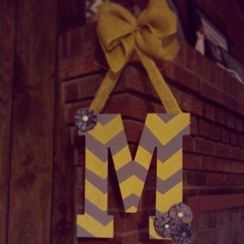 Chevron pattern initial door hanger - gray and yellow chevron, burlap and chevron initial hanger, monogram door decor, shabby chic