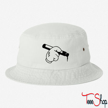 mickey write bucket hat