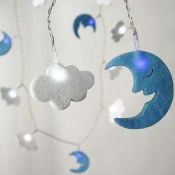 Battery Felt Cloud And Moon String Lights