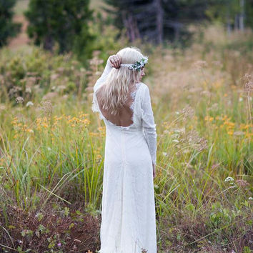 "Vintage Wedding Dress Backless Ivory Cream Lace White Long Sleeve Bohemian Low Back - ""Tessa"""