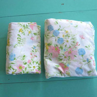 2 Mod Floral Garden Print Sheets: Full-Size Flat & Fitted Cotton Sheets in White/Pink/Blue/Green/Yellow; Fresh Summery Sheet Set