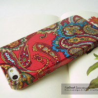 iPhone 5 Case: Red Paisley Pattern, Apple iPhone case iPhone 5 case iPhone 4 case iPhone 4s case, Back cell phone case