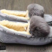 """UGG W Dakota Pom Pom"" Women Simple Casual Slipper Tods Fashion Hairball Loafer Shoes Flats Shoes"