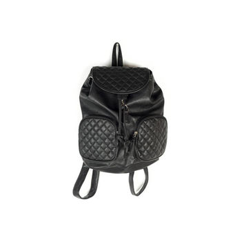 Black Vegan Leather mini backpack / 90s style vinyl book bag / 1990s / drawstring / quilted / grunge / goth preppy / minimalist / minimal