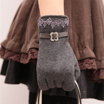 Lace Touch Screen Gloves