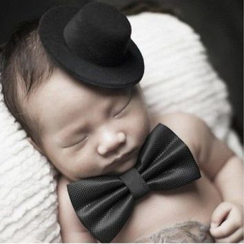 Gentlemens' Top hat + bow tie
