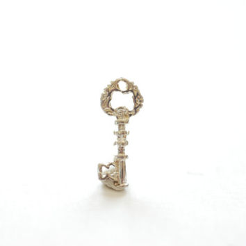 Sterling Silver Key Charm- 925 Silver Key Charm, Key to my heart charm, Silver Lock and Key Charm Pendant, Silver Key Connector,Skeleton Key