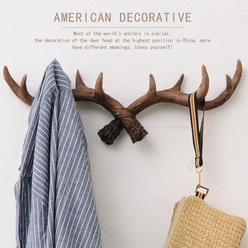 Novelty Wildlife Deer Antlers Rack Decorative Wall Hook Hanger Home Coat Hooks Resin Antlers Hook Hanger Home Statue Collectible