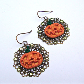 Jack o lantern earrings, Halloween earrings, pumpkin earrings, antiqued brass filigree earrings, pumpkin jewelry, fall jewelry