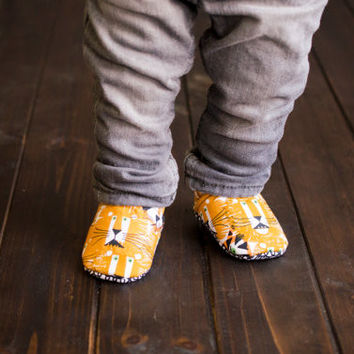 "Organic ""Lions & Tigers"" Shoes - NB to 4T"