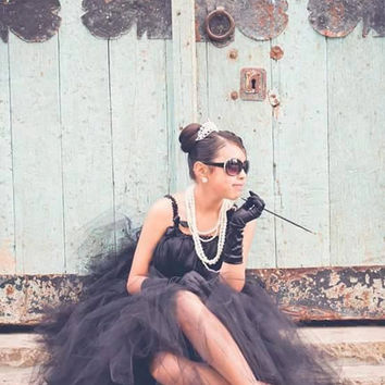 Audrey Hepburn dress,tiara and pearl necklace!