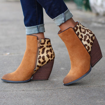 Very Volatile: Chatter Leopard Bootie {Tan}